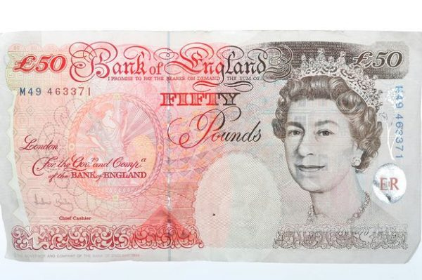 GBP £50 Bills